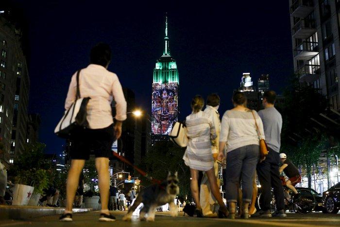 Ο Σεσίλ στο πιό εμβληματικό κτίριο της Νέας Υόρκης - εικόνα 3