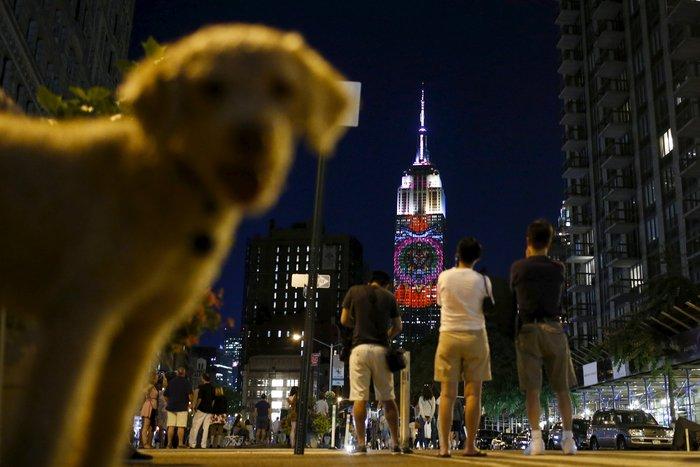 Ο Σεσίλ στο πιό εμβληματικό κτίριο της Νέας Υόρκης - εικόνα 4