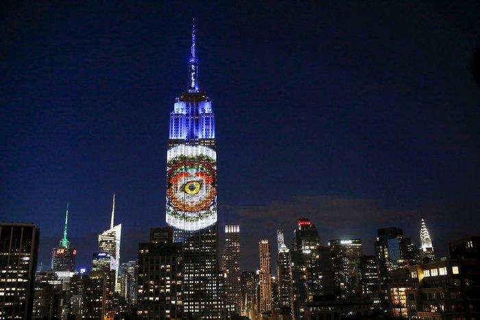 Ο Σεσίλ στο πιό εμβληματικό κτίριο της Νέας Υόρκης - εικόνα 6