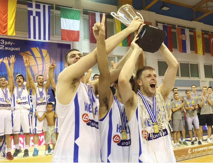 Βασίλης Χαραλαμπόπουλος: Γεννημένος νικητής