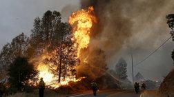 Τεράστιες πυρκαγιές στην Καλιφόρνια από χιλιάδες κεραυνούς