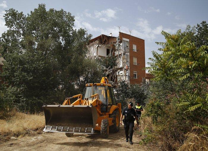 Κατέρρευσε πολυκατοικία στη Μαδρίτη - εικόνα 2