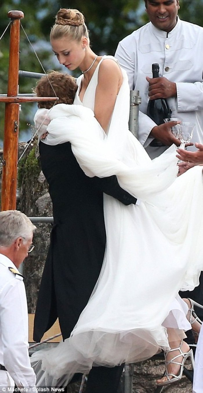 Ο εγγονός της Γκρέις Κέλι ξαναπαντρεύτηκε την πάμπλουτη Ιταλίδα του! - εικόνα 4