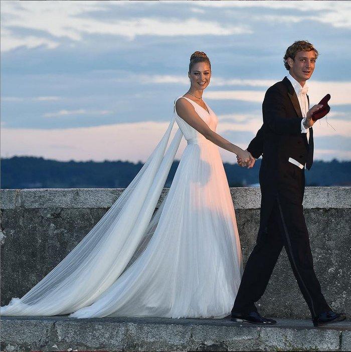 Ο εγγονός της Γκρέις Κέλι ξαναπαντρεύτηκε την πάμπλουτη Ιταλίδα του! - εικόνα 2