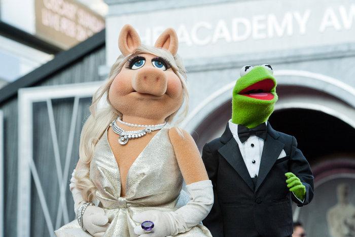 Το διαζύγιο Κέρμιτ - Μις Πίγκι ταράζει τη σόου μπιζ!