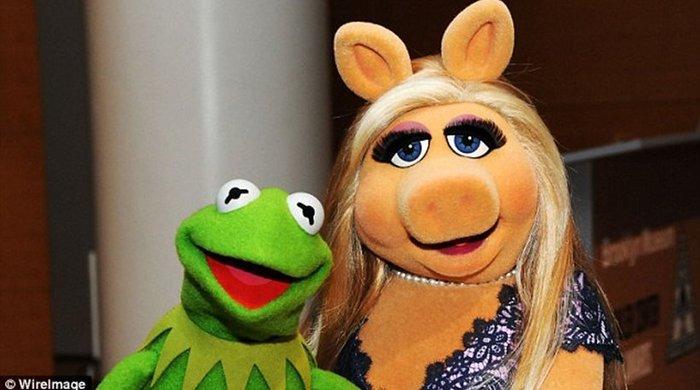 Το διαζύγιο Κέρμιτ - Μις Πίγκι ταράζει τη σόου μπιζ! - εικόνα 3