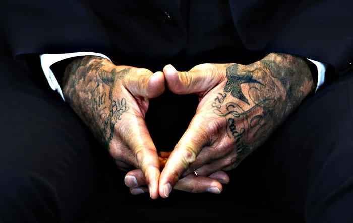 Τα 40 τατουάζ του 40χρονου Ντέιβιντ Μπέκαμ και οι ιστορίες τους - εικόνα 9