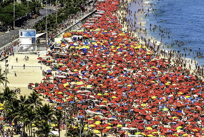 Αυτή είναι η παραλία που σε κάνει να νιώθεις μυρμήγκι! [Φωτογραφίες]
