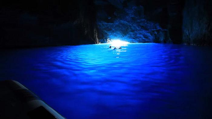 Ενα ελληνικό σπήλαιο στα πιο όμορφα και εντυπωσιακά του κόσμου! - εικόνα 2