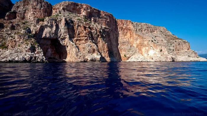 Ενα ελληνικό σπήλαιο στα πιο όμορφα και εντυπωσιακά του κόσμου! - εικόνα 4