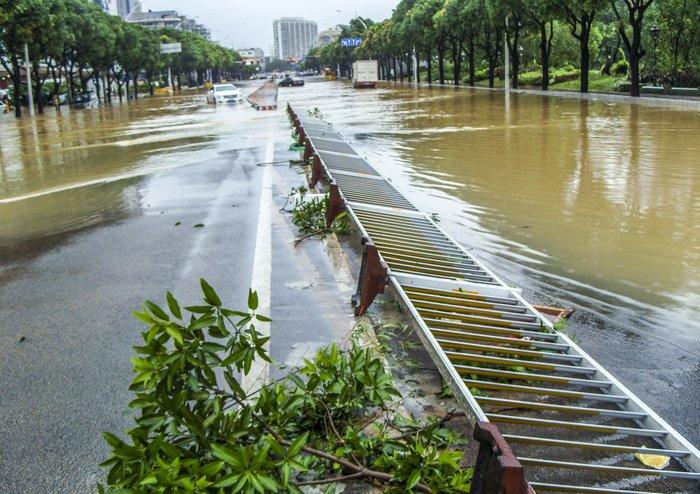 Ο φονικός τυφώνας Σουντελόρ χτύπησε και την Κίνα