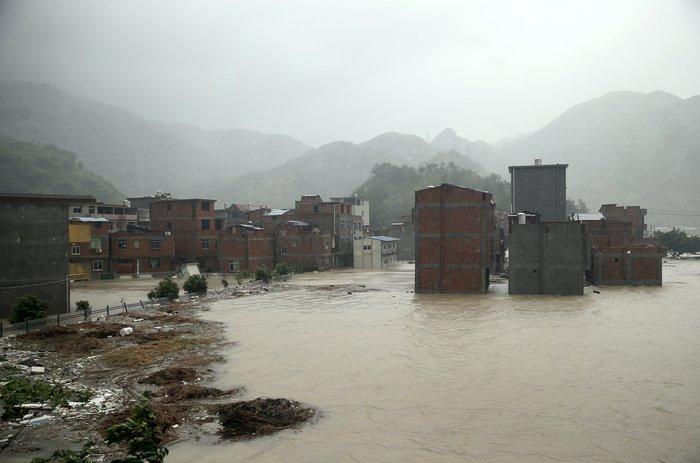 Ο φονικός τυφώνας Σουντελόρ χτύπησε και την Κίνα - εικόνα 3