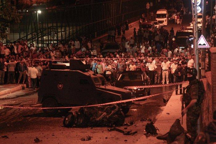 Eπίθεση κατά του προξενείου των ΗΠΑ στην Κωνσταντινούπολη - εικόνα 2