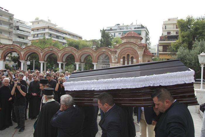 Ενα αμάξι με δυο άλογα στην κηδεία του Κώστα Βίρβου - εικόνα 8