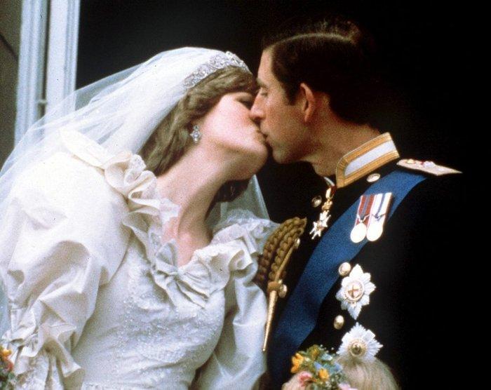 Νταϊάνα - Κάρολος: Οι άγνωστες φωτογραφίες του γάμου - εικόνα 5