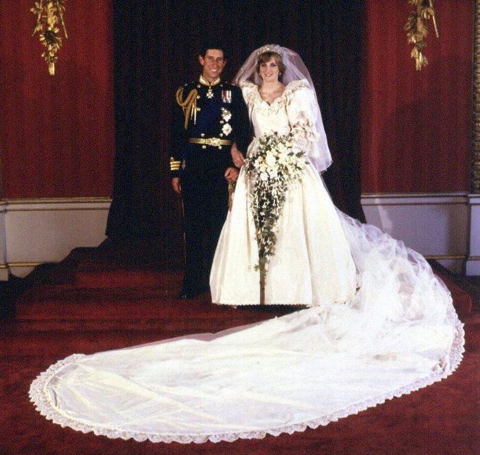 Νταϊάνα - Κάρολος: Οι άγνωστες φωτογραφίες του γάμου - εικόνα 6
