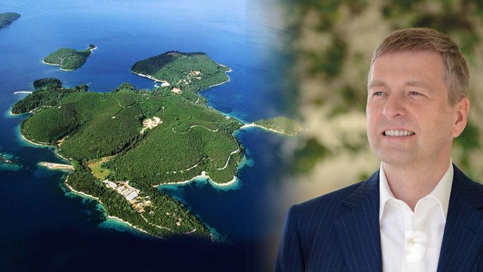 Τα 120 εκατ. δολάρια εικάζεται πως έφτασε η αγορά του Σκορπιού από τον Ρώσο μεγιστάνα Ντμίτρι Ριμπολόβλεφ