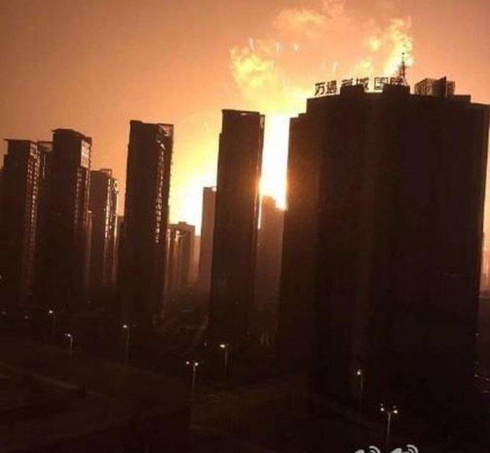 Βιβλικές καταστροφές στην Κίνα από τρομακτική έκρηξη - εικόνα 3