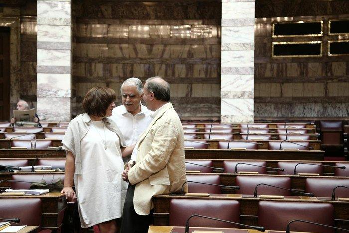 Οι σκεπτικοί, οι σκυθρωποί & οι ηλιοκαμένοι της Βουλής - εικόνα 3