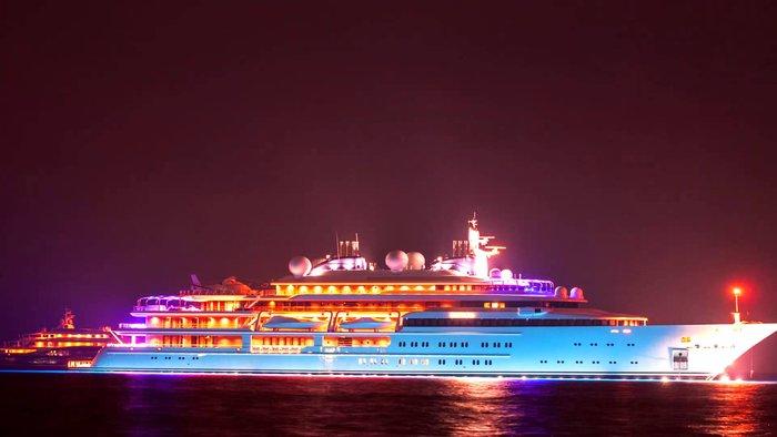 Στην Κέρκυρα  η θαλαμηγός «Katara» του σεΐχη Αλ Θάνι