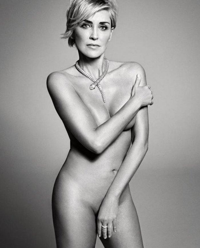 Ολόγυμνη Σάρον Στόουν ποζάρει στα 57 της χρόνια.Το θαύμα του photoshop