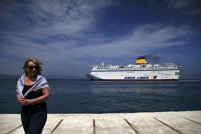 Το πλοίο-ξενοδοχείο για τους πρόσφυγες έφτασε στην Κω - εικόνα 7