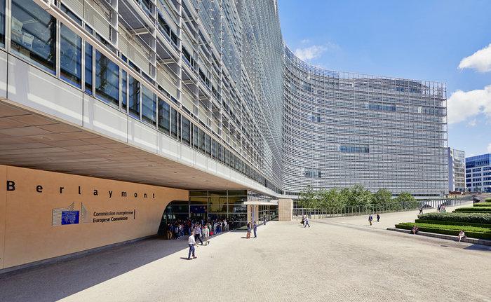 Η dolce vita των 13.000 υπαλλήλων της  Ευρωπαϊκής Ένωσης