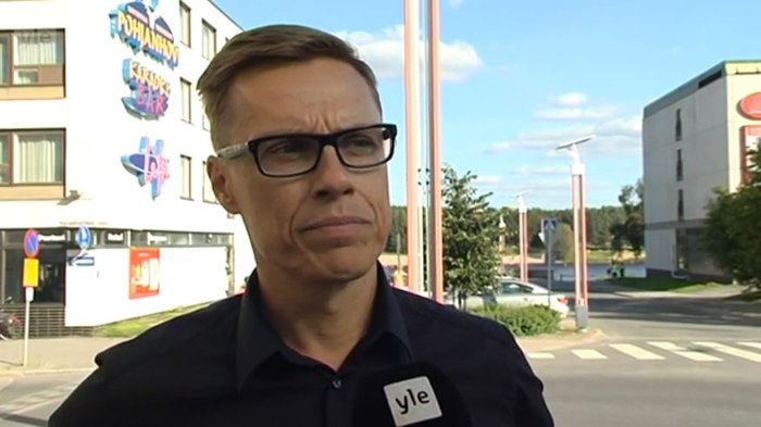 Επίθεση βανδάλων στο σπίτι του φινλάνδου Υπουργού Οικονομικών Στουμπ - εικόνα 3