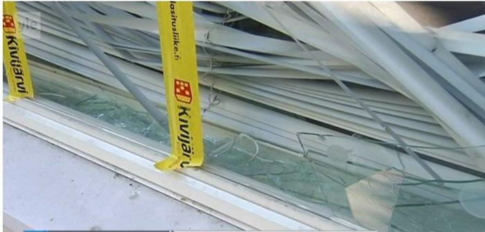 Επίθεση βανδάλων στο σπίτι του φινλάνδου Υπουργού Οικονομικών Στουμπ - εικόνα 2