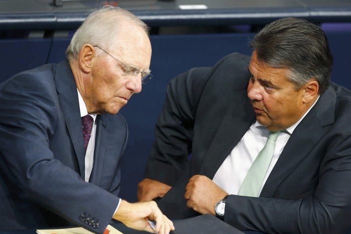 Με 454 υπέρ, 113 κατά πέρασε η συμφωνία με την Ελλάδα - εικόνα 3