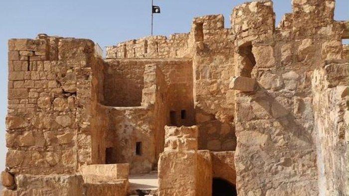 Φρίκη στην Παλμύρα: Η ISIS αποκεφάλισε αρχαιολόγο