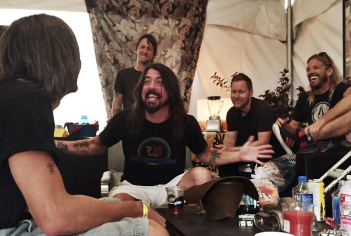 Viral Video: 1.000 μουσικοί προσκαλούν τους Foo Fighters στην Ιταλία - εικόνα 8