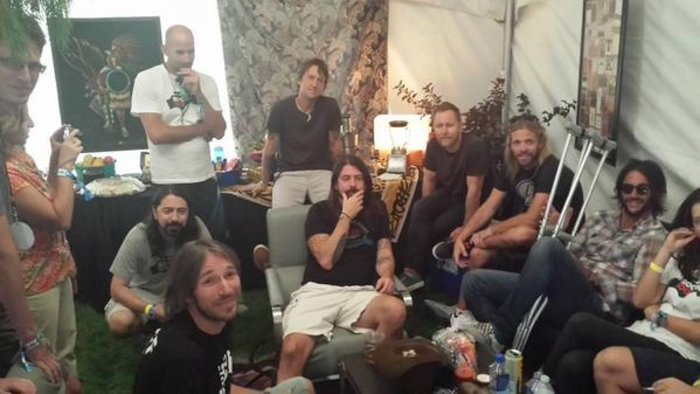 Viral Video: 1.000 μουσικοί προσκαλούν τους Foo Fighters στην Ιταλία - εικόνα 9