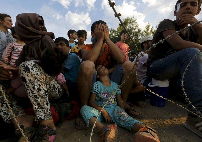 Ειδομένη: Σκηνές ντροπής και απελπισίας στα ελληνοσκοπιανά σύνορα - εικόνα 2