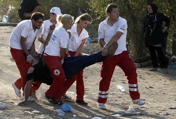 Ειδομένη: Σκηνές ντροπής και απελπισίας στα ελληνοσκοπιανά σύνορα - εικόνα 11