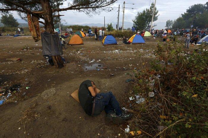 Ειδομένη: Σκηνές ντροπής και απελπισίας στα ελληνοσκοπιανά σύνορα - εικόνα 13