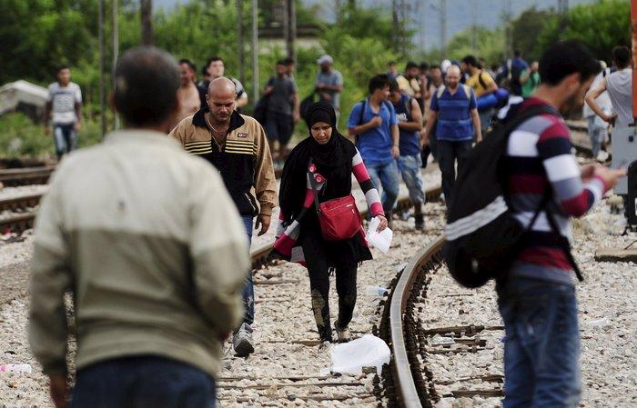 4.000 πρόσφυγες πέρασαν τα σύνορα στην Ειδομένη - εικόνα 11