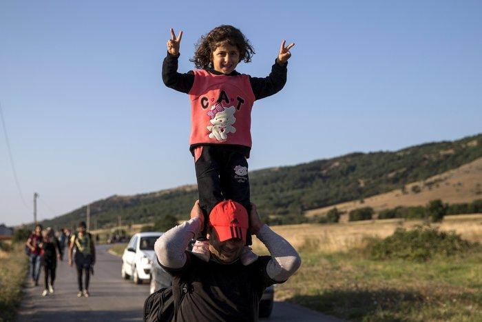 Τρεις συγκλονιστικές ιστορίες προσφυγιάς στα σύνορα των Σκοπίων - εικόνα 6