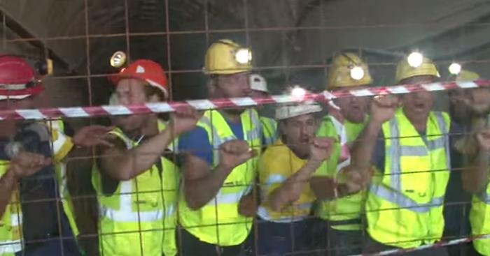 Σκουριές:Μεταλλωρύχοι κλείστηκαν σε στοά στο μεταλλείο χρυσού - εικόνα 2