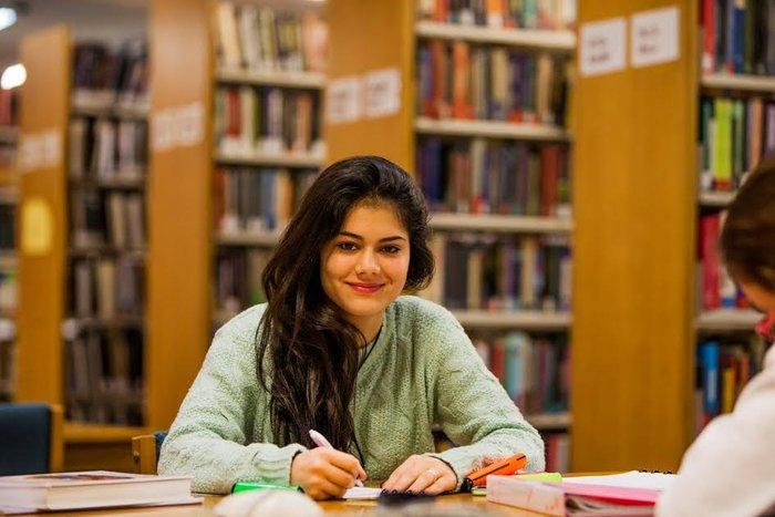 Μία ημέρα στο DEREE: Μάθε τα πάντα για τις σπουδές