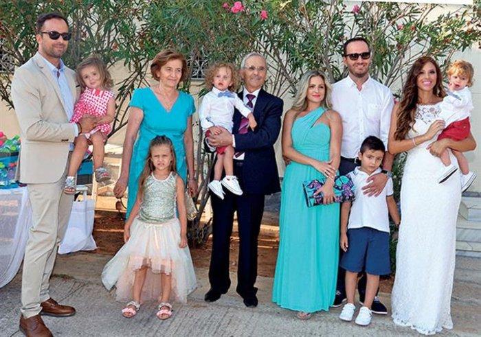 Οι δυο οικογένειες Λιανού-Ανδροτσάκη, σε πλήρη απαρτία
