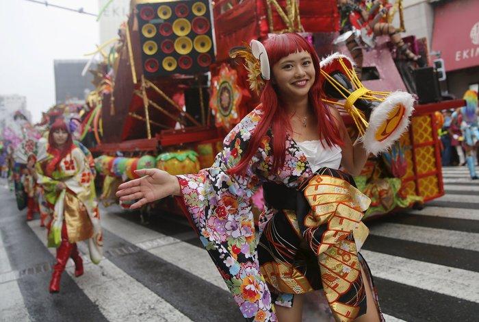 Ολο το Τόκιο χορεύει σάμπα! - εικόνα 4