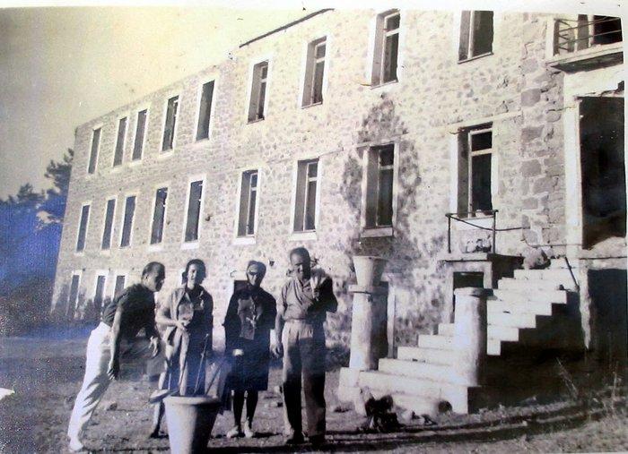 Το ελληνικό ξενοδοχείο «Αναγέννησις»  που είχε αεροδρόμιο για VIP το 1930!