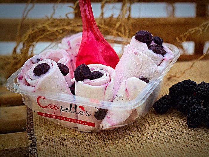 Έτσι φτιάχνεται το πιο περίεργο παγωτό στον κόσμο στη Νέα Υόρκη