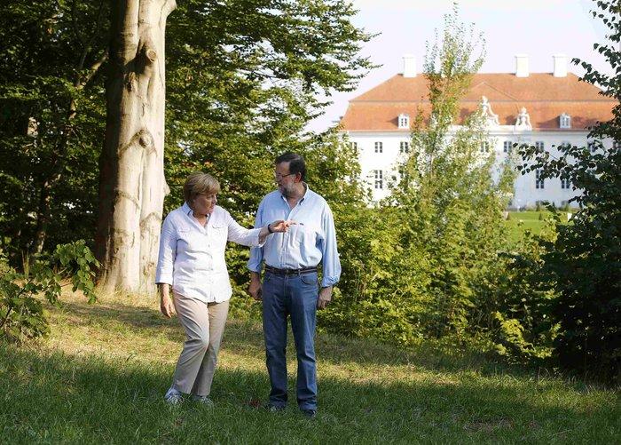 Η Μέρκελ έβαλε τα αθλητικά της και βγήκε βόλτα στο δάσος - εικόνα 2