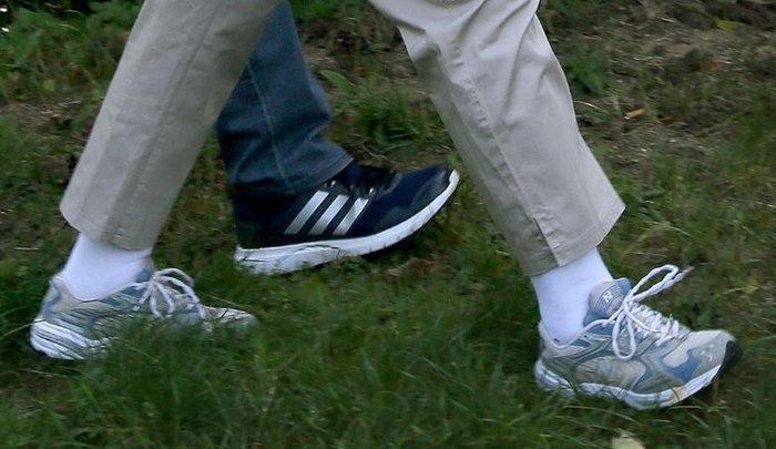 Η Μέρκελ έβαλε τα αθλητικά της και βγήκε βόλτα στο δάσος - εικόνα 5