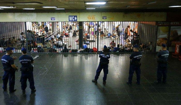 Xάος με την προσφυγική έξοδο σε ολόκληρη την Ευρώπη - εικόνα 4