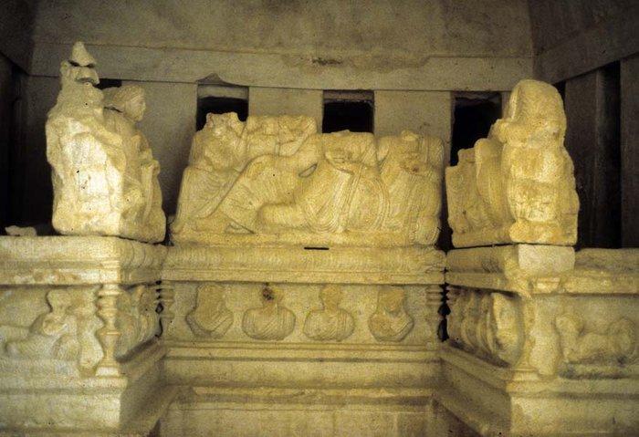 Οι τζιχαντιστές ανατίναξαν αρχαίους τάφους στην Παλμύρα - εικόνα 2