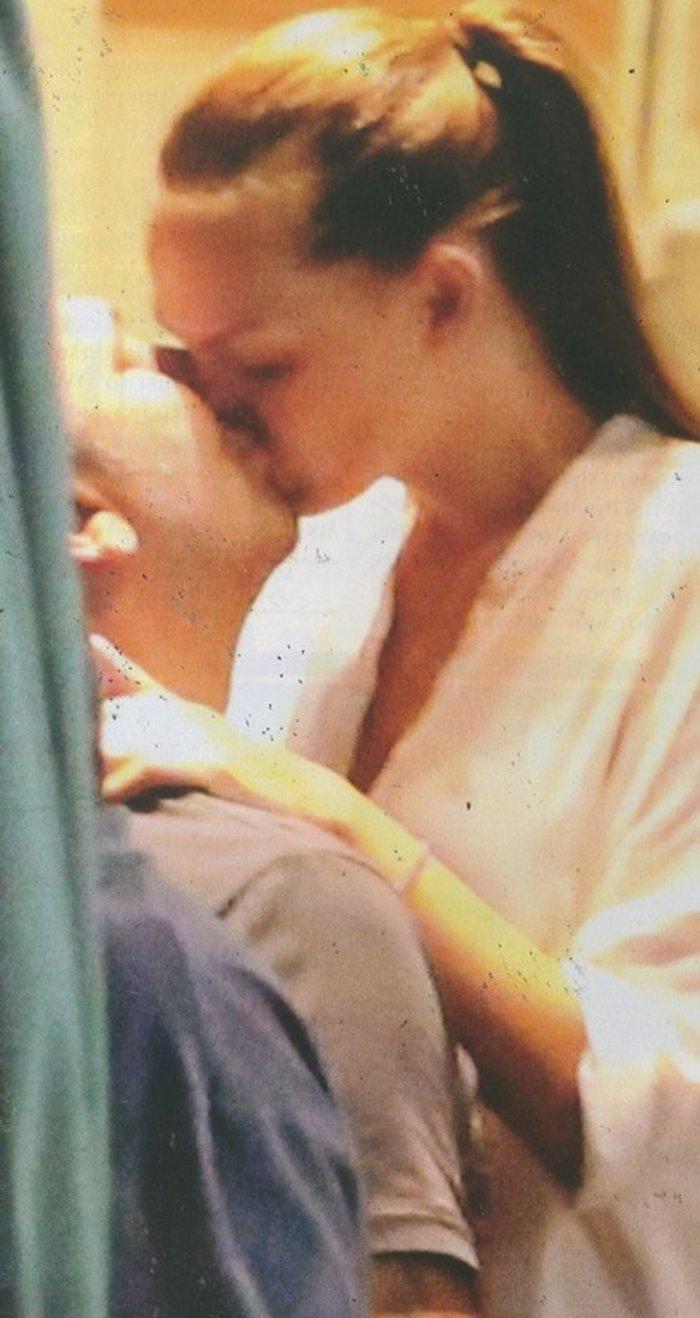 «Συνέλαβαν» Ρέμο-Μπόσνιακ την ώρα του καυτού φιλιού! - εικόνα 2