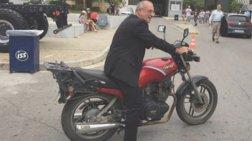 easy-rider-o-mardas-sti-thessaloniki-sta-xnaria-tou-baroufaki